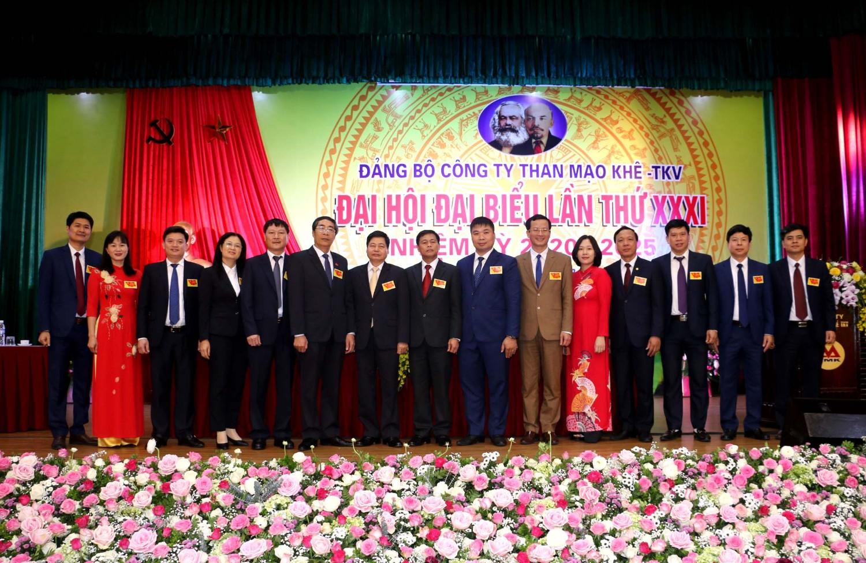 https://thanmaokhe.vn/uploads/photos/images/2020/04/dai-hoi-dang-bo-cong-ty-lan-thu-31-nhiem-ky-2020-2025/27.jpg